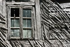 Free Old Wooden Window Stock Photo - 31863910