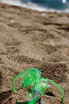 Free Flipflop In The Sand Stock Image - 31870451