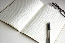 Free Blank Page Notebook Paper Royalty Free Stock Photo - 31874305