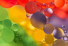 Free Oil And Water Wallpaper Royalty Free Stock Photos - 31881828