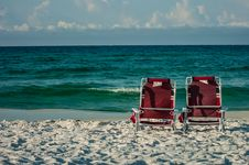 Free Two Chairs On A Beach Royalty Free Stock Photography - 31882077