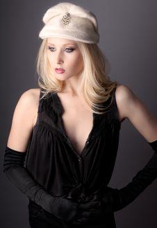 Free Elegant Teenager Royalty Free Stock Images - 31883939