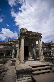 Free Angkor Wat Entrance Stock Photo - 3190090