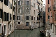Free Street Of Venice Stock Photography - 3194572