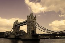 Free Tower Bridge On The River Thames Stock Photography - 31903772