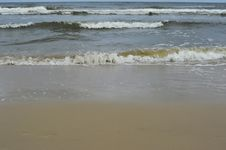 Free Sea And Beach On Rainy Day Stock Photos - 31913083