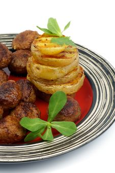 Free Roasted Meatballs And Potato Stock Images - 31929664