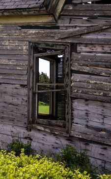 Free Broken Window Stock Photos - 31945413
