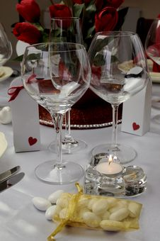 Free Wedding Table With Close Up On Wine Glasses. Royalty Free Stock Photo - 31946315