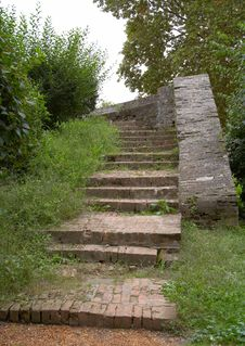 Free An Ancient Stairway Royalty Free Stock Photo - 320335