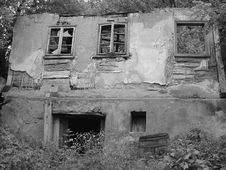 Free Abandoned House Royalty Free Stock Photos - 320518