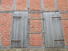 Free Doors In Wall Stock Photo - 322940