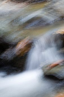 Free Waterfall Abstract Royalty Free Stock Photos - 323038
