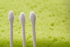 Free Cotton Sticks And Sponge Stock Photography - 325612