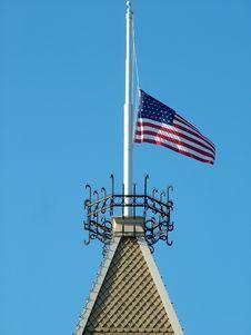 Free USA Flag At Half Mast Royalty Free Stock Photo - 328195