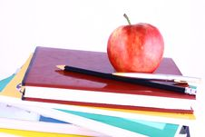 Free Books And Apple Royalty Free Stock Photo - 3201235
