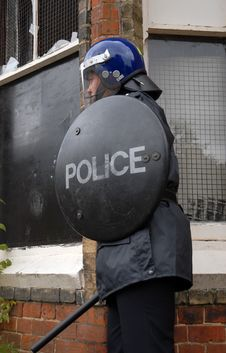 Free Riot Cop Royalty Free Stock Photos - 3202318