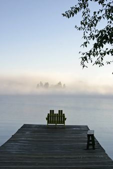 Free Misty Morning Stock Photography - 3202622