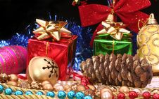 Free Christmas Decorations Royalty Free Stock Photo - 3203755