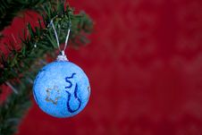Free Blue Christmas Ball Stock Image - 3204441