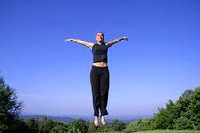 Free Woman Practising Self Defense Royalty Free Stock Photos - 3204958