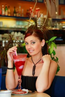 Free Pretty Woman With Cocktail. Royalty Free Stock Images - 3206249
