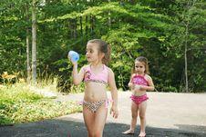 Free Playing Water Balloons Stock Image - 3206461