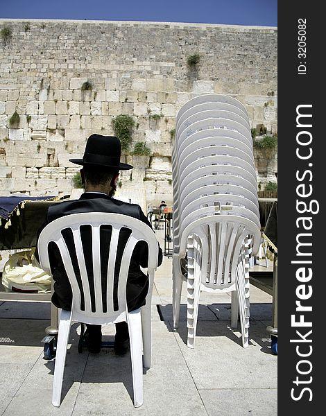 Hasidic jew reading torah