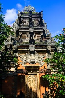 Free Bali Temple In Ubud Royalty Free Stock Photos - 32003748