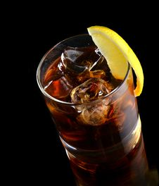 Free Cocktail With Ice Cola Whiskey Royalty Free Stock Photography - 32004287