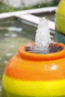Free Colorful Jar Fountain Stock Photo - 32023700