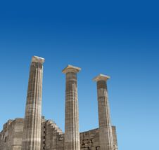 Free Ancient Greek Temple Columns Royalty Free Stock Photography - 32029587