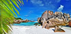 Free Tropical Paradise - Seychelles Royalty Free Stock Photos - 32045628