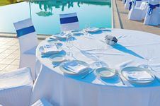 Free Round Dining Table Royalty Free Stock Photo - 32048195