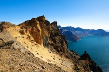 Free The Steep Mountain Stock Photos - 32049063