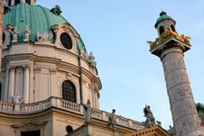 Free Karlskirche Church In Vienna, Austria Royalty Free Stock Photos - 32051988