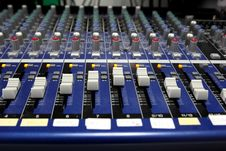 Free Sound  Mixer Royalty Free Stock Photo - 32084035
