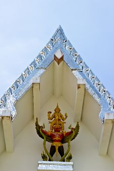 Free Detail Of Giant Statues On The Roof Roof, Thailand. Royalty Free Stock Image - 32085776