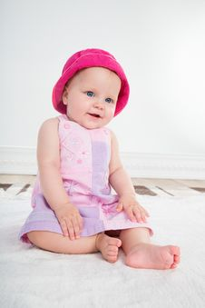 Free Baby Girl In Pink Dress Royalty Free Stock Photos - 32092798