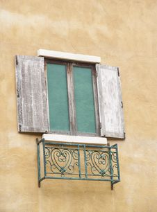 Free The Old Window Stock Image - 32097091