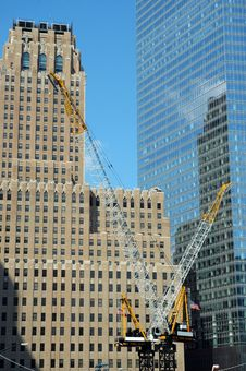 Free Two Cranes At Ground Zero Royalty Free Stock Photography - 3210497
