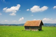 Free Bavarian Hut Horizontal Royalty Free Stock Photo - 3210865