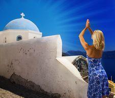 Free Beautiful Blond Girl Praying Royalty Free Stock Images - 3211069