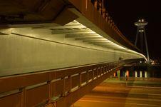 Free Bratislava  Bridge Of SNP Royalty Free Stock Photography - 3212047