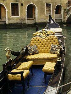 Free Venetian Gondola Stock Image - 3212711