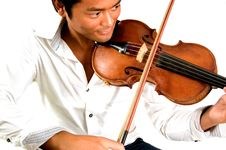 Free Man With Violin Royalty Free Stock Photo - 3213425