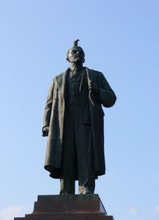 Free Monument Lenin Royalty Free Stock Photo - 3214545