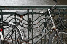 Free Old Rusty Bike Royalty Free Stock Photography - 3218527