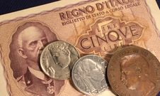 Free Italian Old Lire Money Stock Photo - 32106050