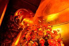 Free Gold Buddha Image Royalty Free Stock Photo - 32172225